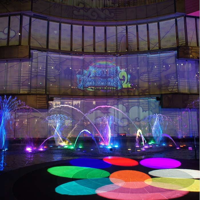 幻想的な光と水が彩るシアター『ONE PIECE WATER SPECTACLE 2(ワンピースウォータースペクタクル2)』