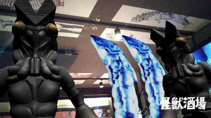 ウルトラ怪獣たちが主役の居酒屋『怪獣酒場』川崎がリニューアルオープン!