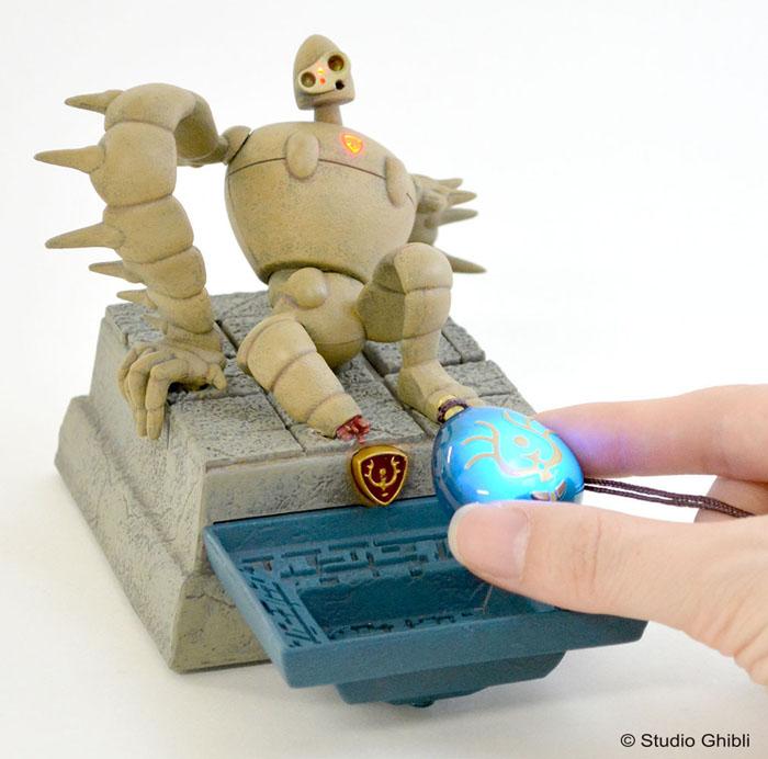 「天空の城ラピュタ」の光る飛行石がバージョンアップして新登場!