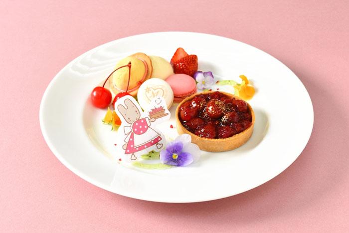『マロンクリーム』全国初のコラボカフェがオープン!