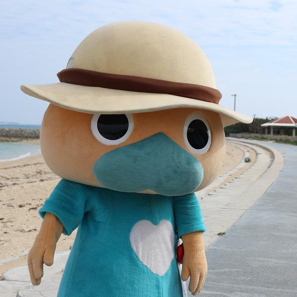 熱烈なファン多数!沖縄・南城市のご当地キャラおじいちゃん なんじぃ