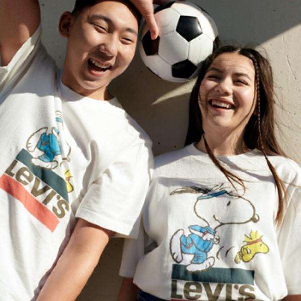 「Levi's®」x「PEANUTS®」レトロでスポーティーなコレクションが登場!
