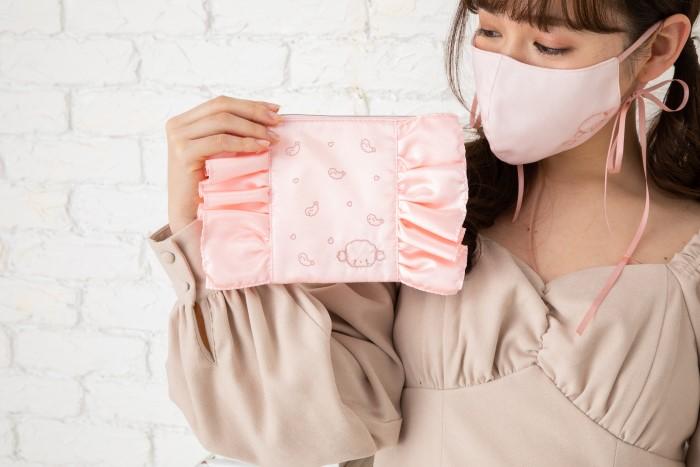 大人可愛い♡「リボン付きマスク」&「フリルマスクポーチ」サンリオから登場♪