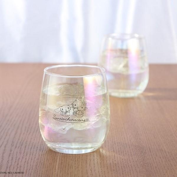 ハローキティ&シナモロールの「虹色グラス」必ずもらえる!ローソンストア100にGO♪