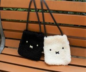 「ミッフィー」ふわふわ素材のバッグがヴィレヴァンオンラインに登場中!